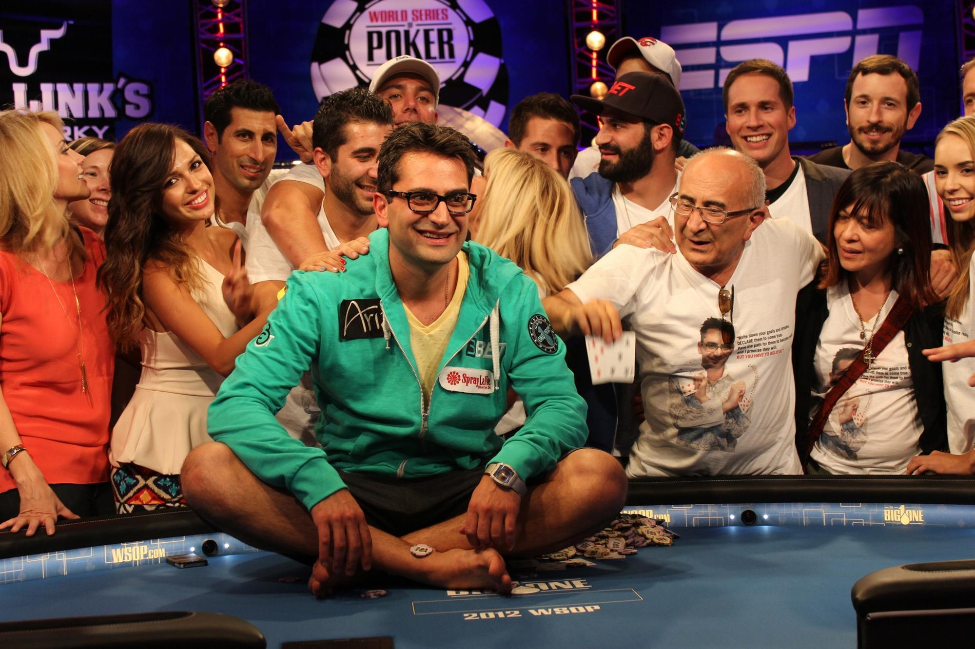 Antonio Esfandiari joueur de poker